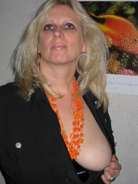 Rencontre sexy entre adultes consentants