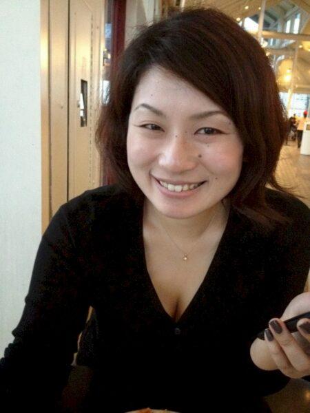 Femme asiatique sexy soumise pour homme qui aime la domination