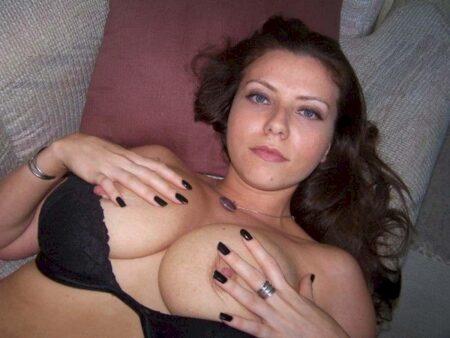 Je veux un plan sexe chaud avec un célibataire soumis sur le 33